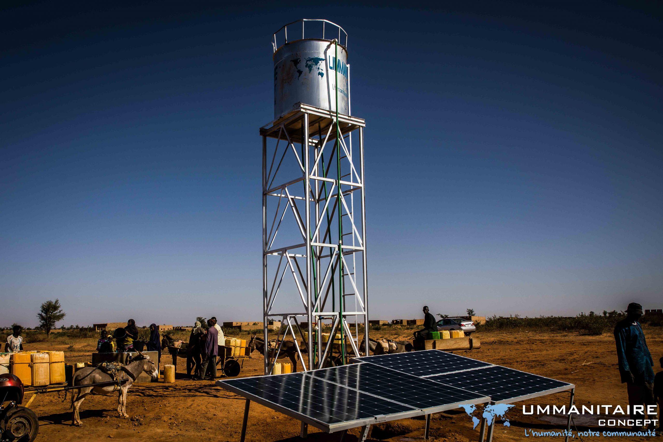 Chateau d'eau en Inox avec photovoltaique et comité de gestion
